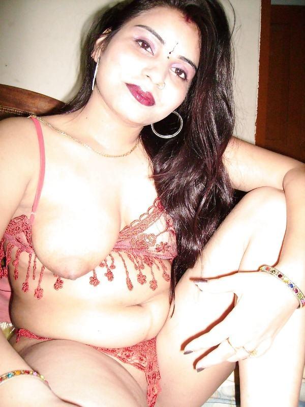leaked sexy desi nude bhabhi pics by husband - 46