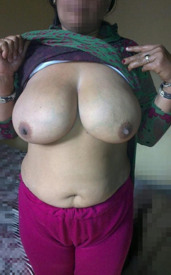 naughty desi aunty boobs image xxx hot big tits - 26