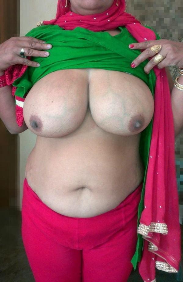 naughty desi aunty boobs image xxx hot big tits - 31