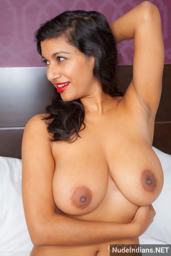 nri model sexy boob image desi big tits photos - 24