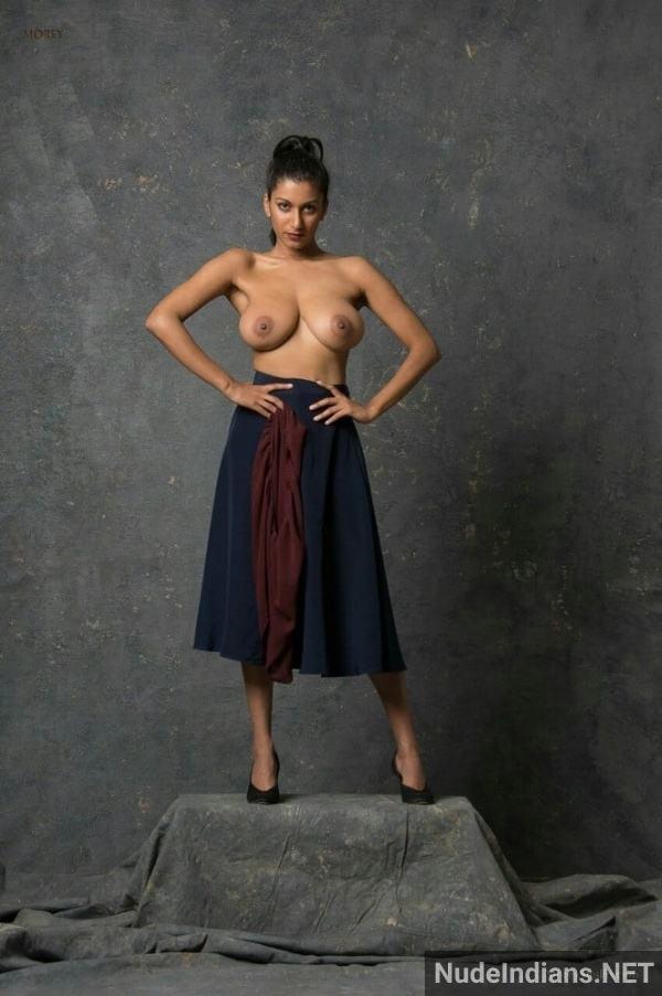 nri model sexy boob image desi big tits photos - 32