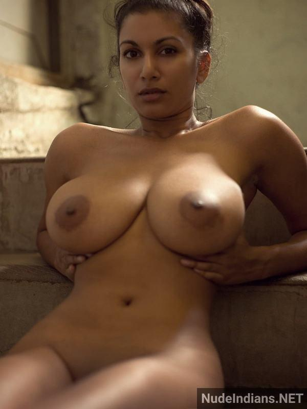 nri model sexy boob image desi big tits photos - 9