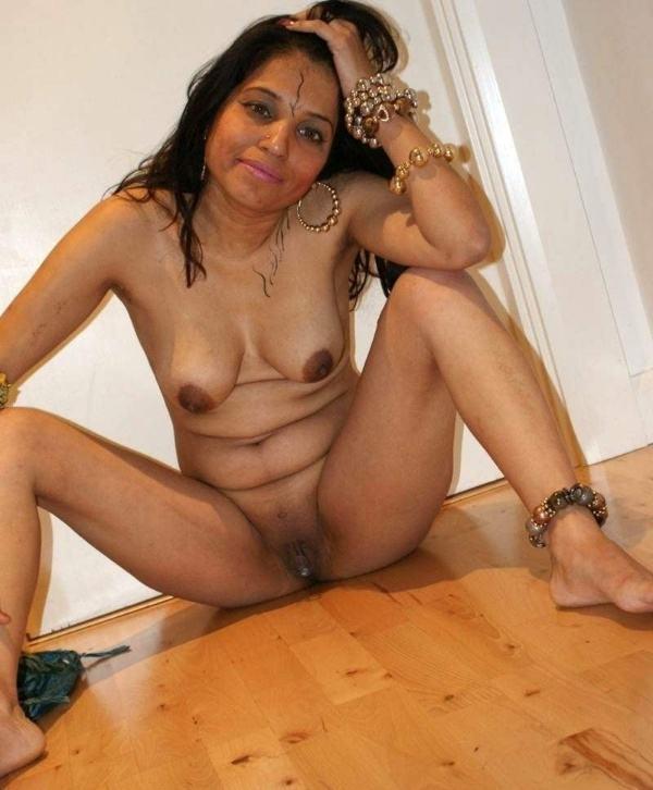 sexy desi chut pics hot indian girls pussy xxx - 28
