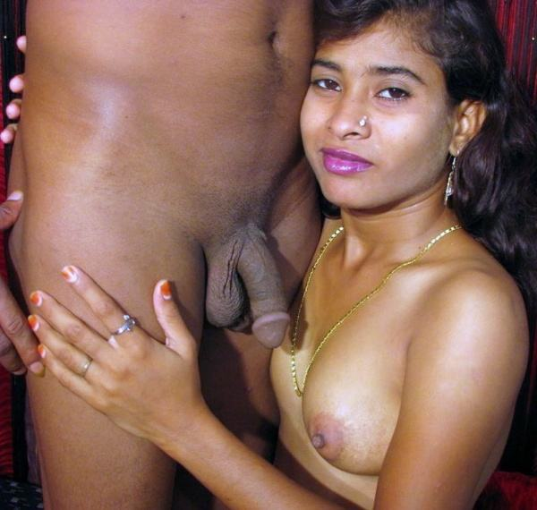 sexy desi women sucking photo blowjob images - 31