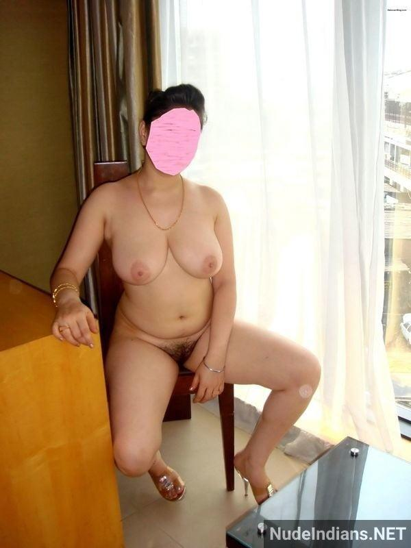 big indian boobs images cheating wife teasing lover - 17