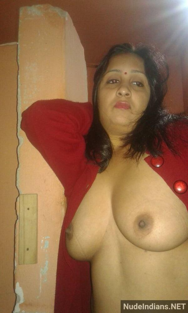 big indian boobs images cheating wife teasing lover - 25
