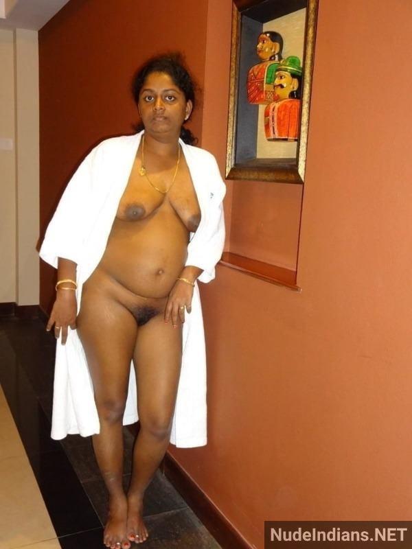 desi aunty naked photo big ass boobs hd xxx pics - 24