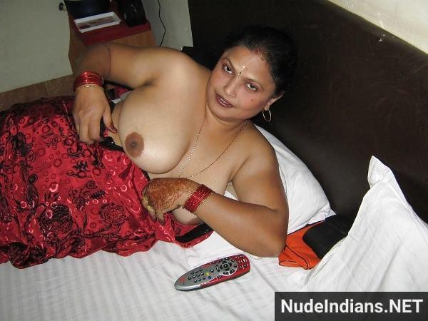 desi hot aunties nude pics big tits mature aunty - 44