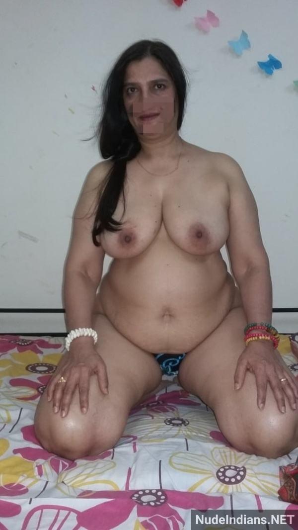 desi nude mature aunty big booty tits pics xxx - 37