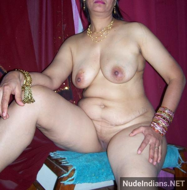 desi nude mature aunty big booty tits pics xxx - 53