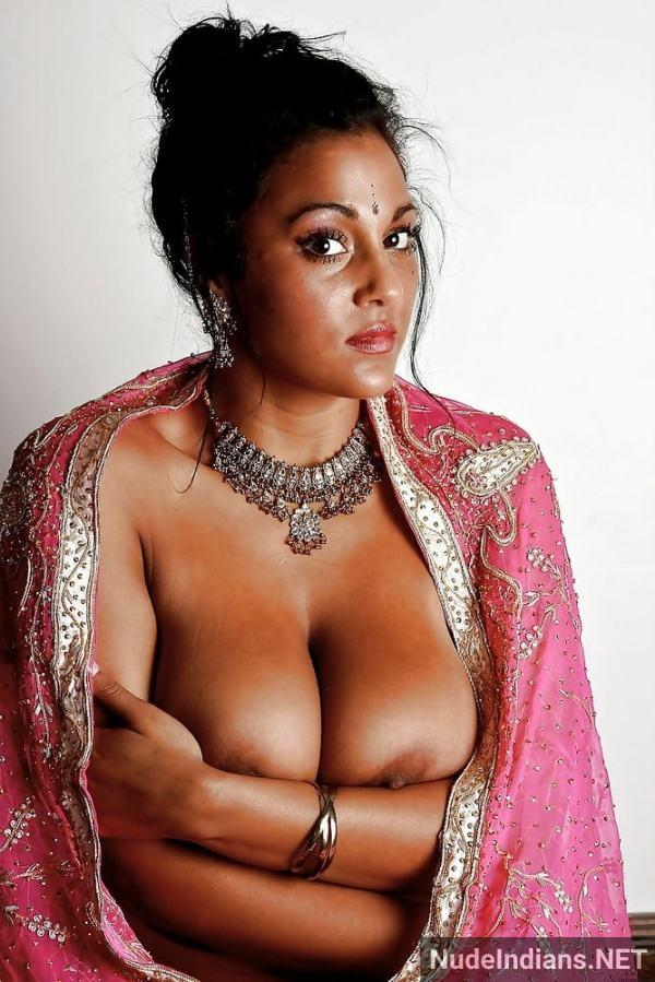 desi women hd boobs pic xxx big indian tits photos - 11