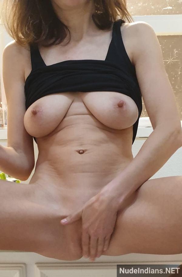 hd desi bhabhi boobs pic xxx indian big tits pics - 18