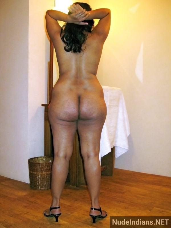 indian aunty nude pic revathi affair with boss pics - 11