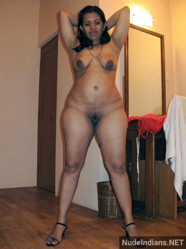 indian aunty nude pic revathi affair with boss pics - 16