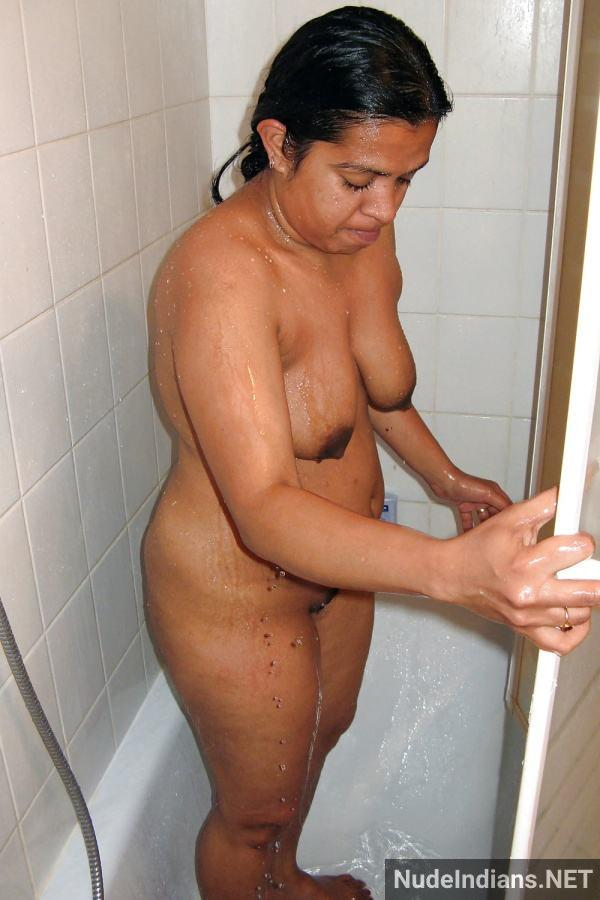 indian aunty nude pic revathi affair with boss pics - 64