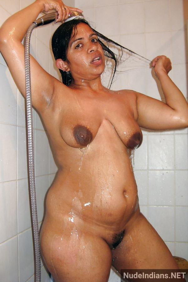 indian aunty nude pic revathi affair with boss pics - 78