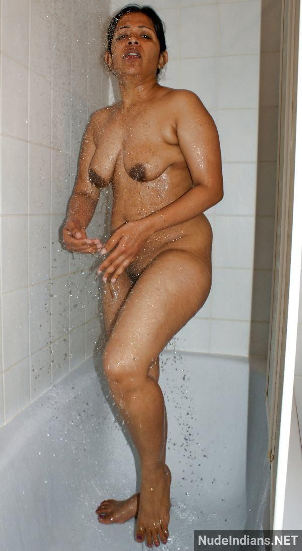 indian aunty nude pic revathi affair with boss pics - 81