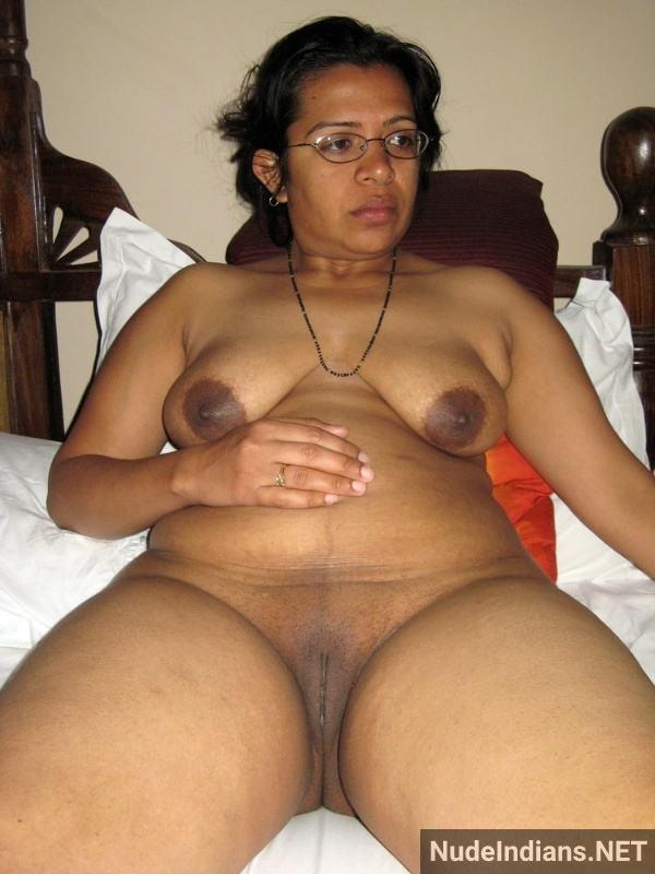 busty big ass desi aunty porn pics mature xxx - 36