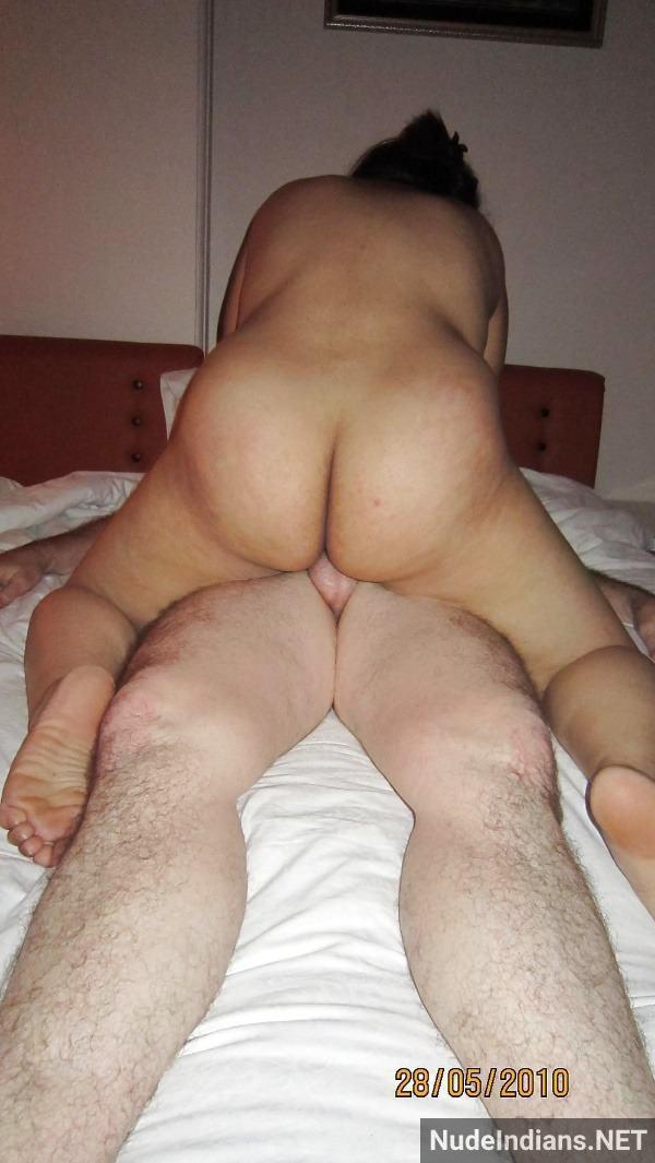 desi couple sex image blowjob pussy fucking pics - 1
