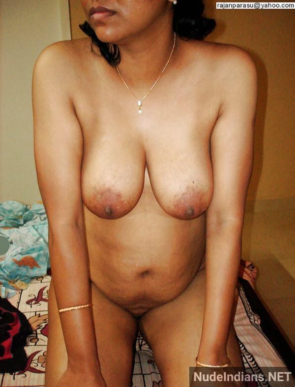 big boobs aunty photos hd indian busty women pics - 18
