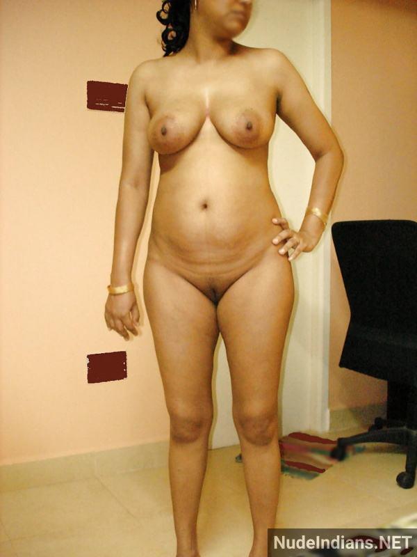 big boobs aunty photos hd indian busty women pics - 34