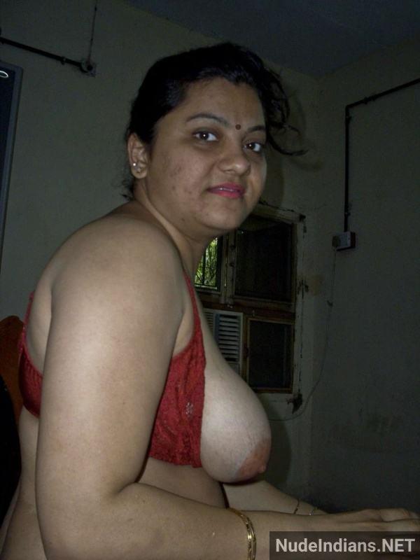 big boobs aunty photos hd indian busty women pics - 39