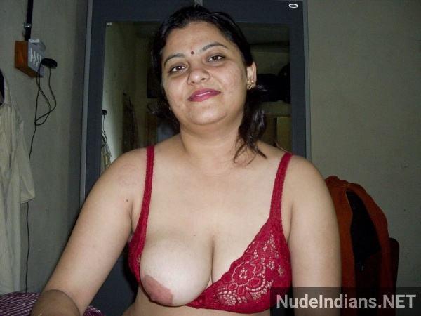 big boobs aunty photos hd indian busty women pics - 47
