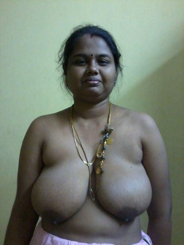 big booty boobs indian aunties nude pics xxx - 8