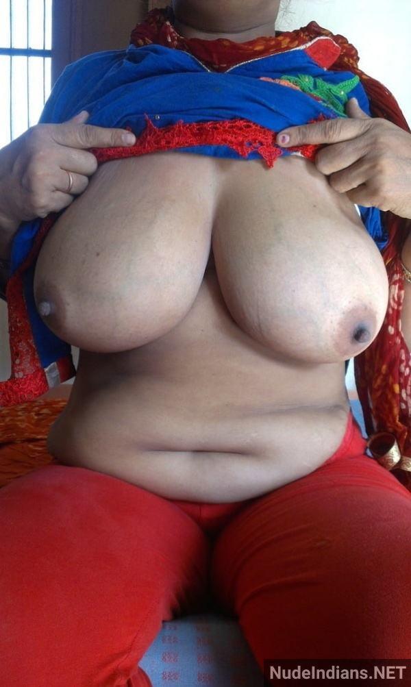 nude indian aunty porn pics desi big boobs xxx - 17