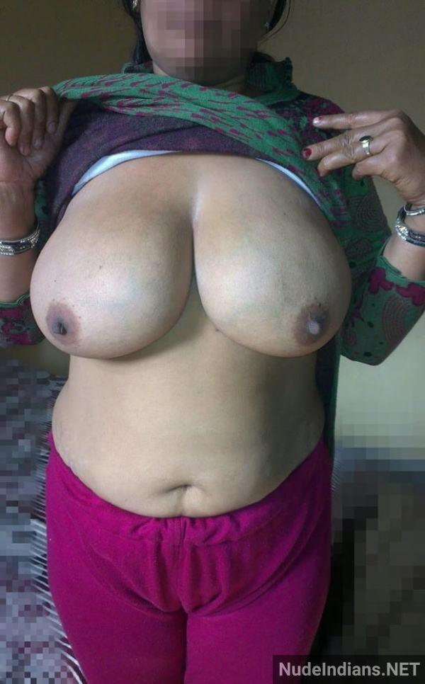 nude indian aunty porn pics desi big boobs xxx - 26