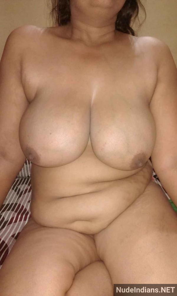 nude indian aunty porn pics desi big boobs xxx - 44