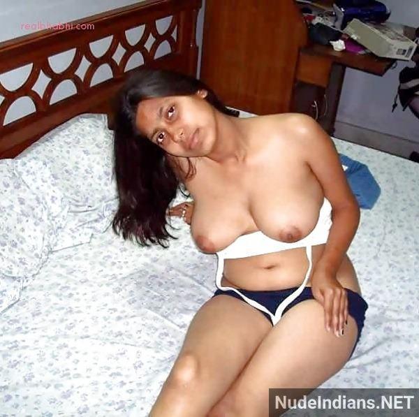sexy desi nude girl photos hd perky boobs ass xxx - 6