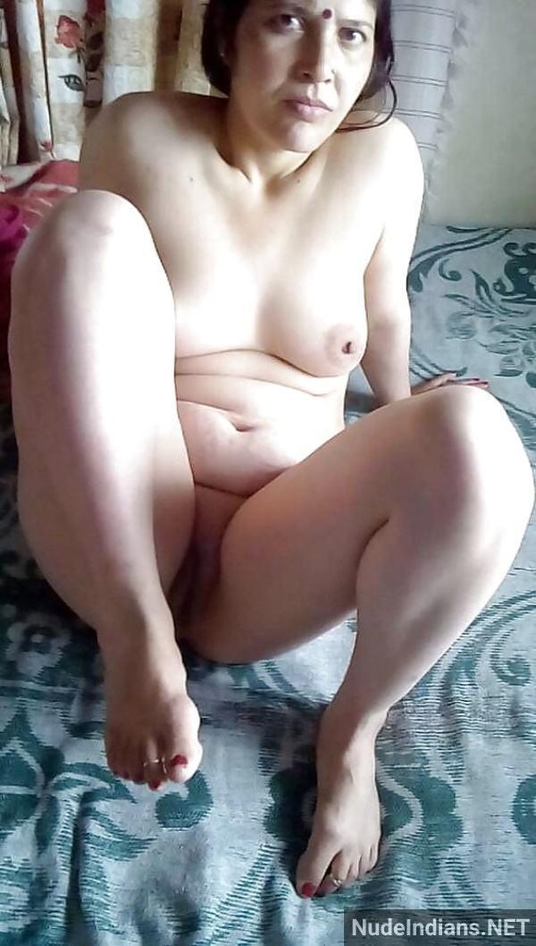 hot mature desi aunty nude images tits ass pics - 41