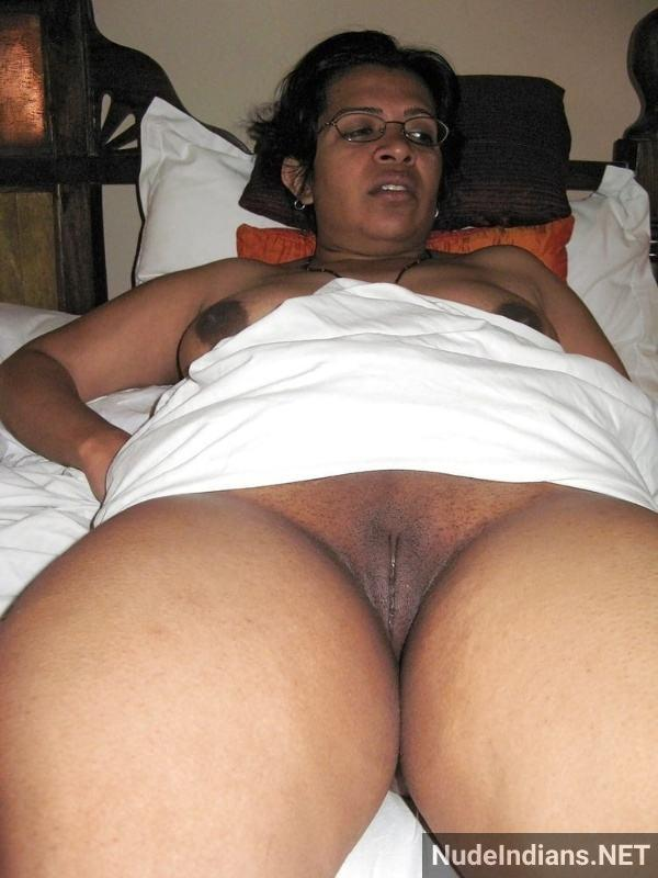 hypnotic desi pusy porn pics of sex hungry women - 19