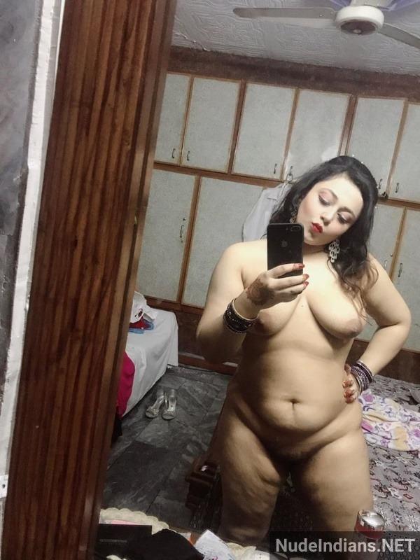 sexy bhabhi boobs photo hd nude wife tits pics - 10