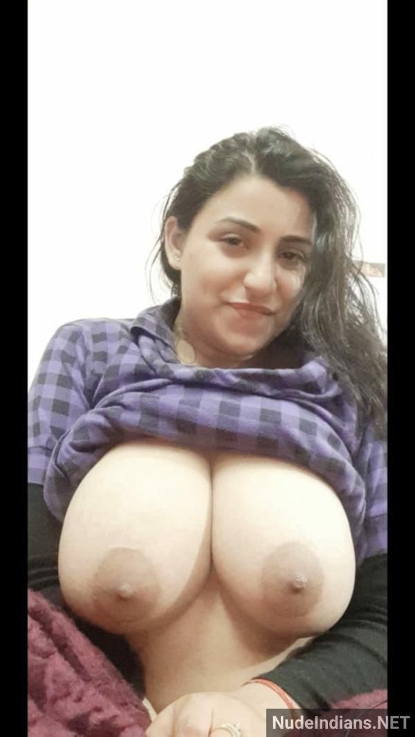 sexy bhabhi boobs photo hd nude wife tits pics - 3