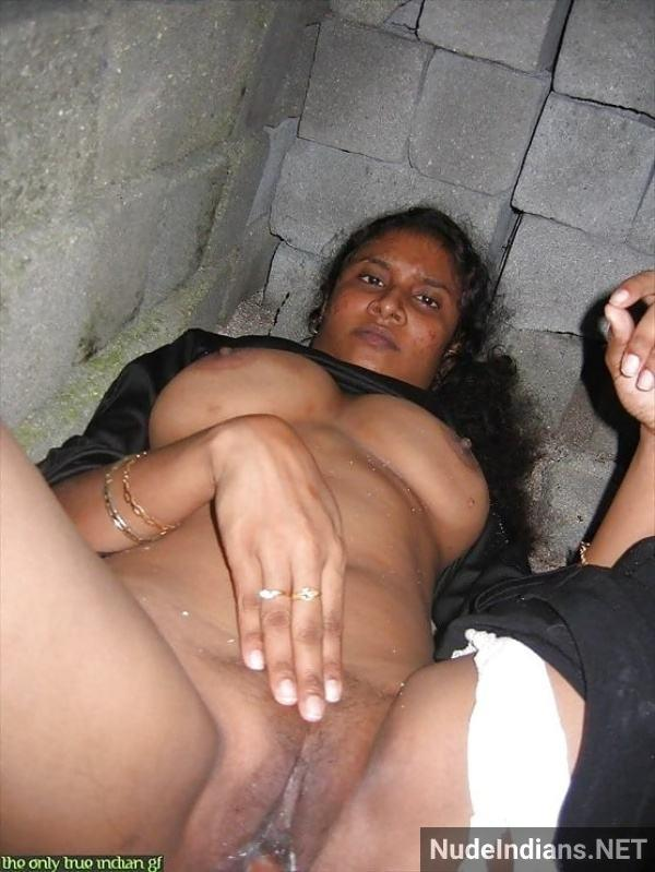 sexy desi aunty nude pic hd village boobs booty - 11