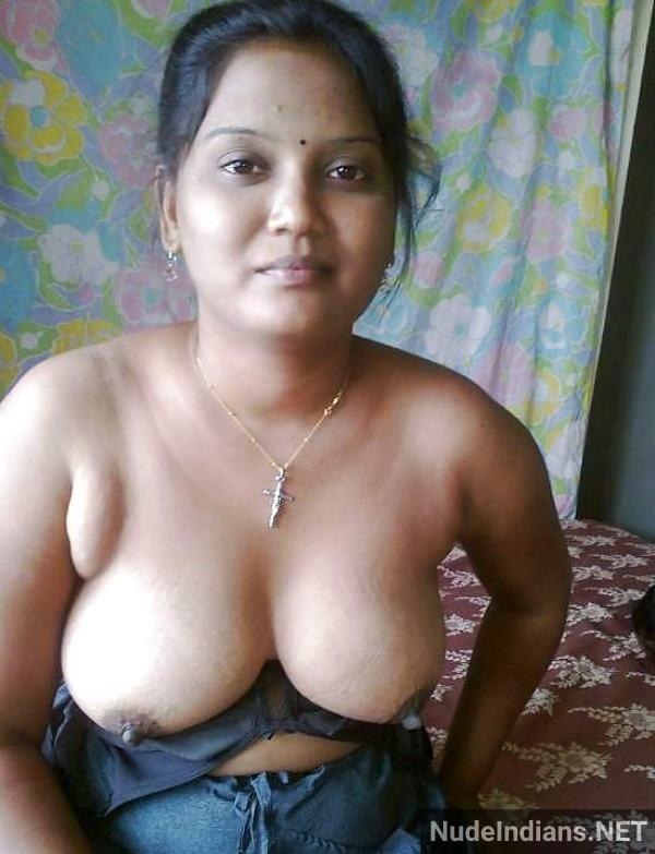 sexy desi aunty nude pic hd village boobs booty - 17