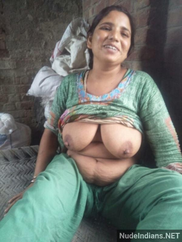 sexy desi aunty nude pic hd village boobs booty - 21