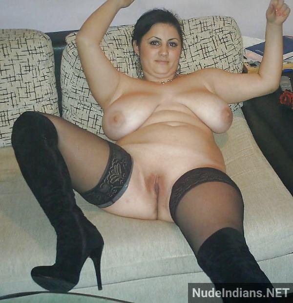 sexy desi aunty nude pic hot big booty boobs xxx - 17