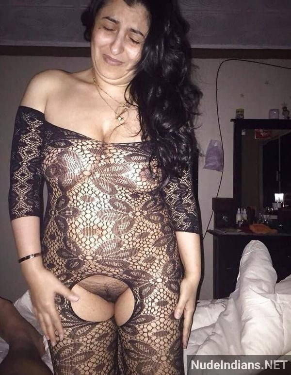 sexy desi aunty nude pic hot big booty boobs xxx - 3