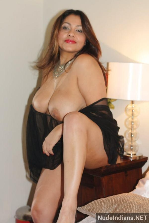 sexy desi aunty nude pic hot big booty boobs xxx - 35