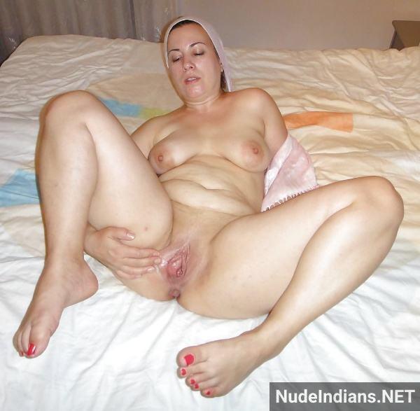 sexy desi aunty nude pic hot big booty boobs xxx - 43