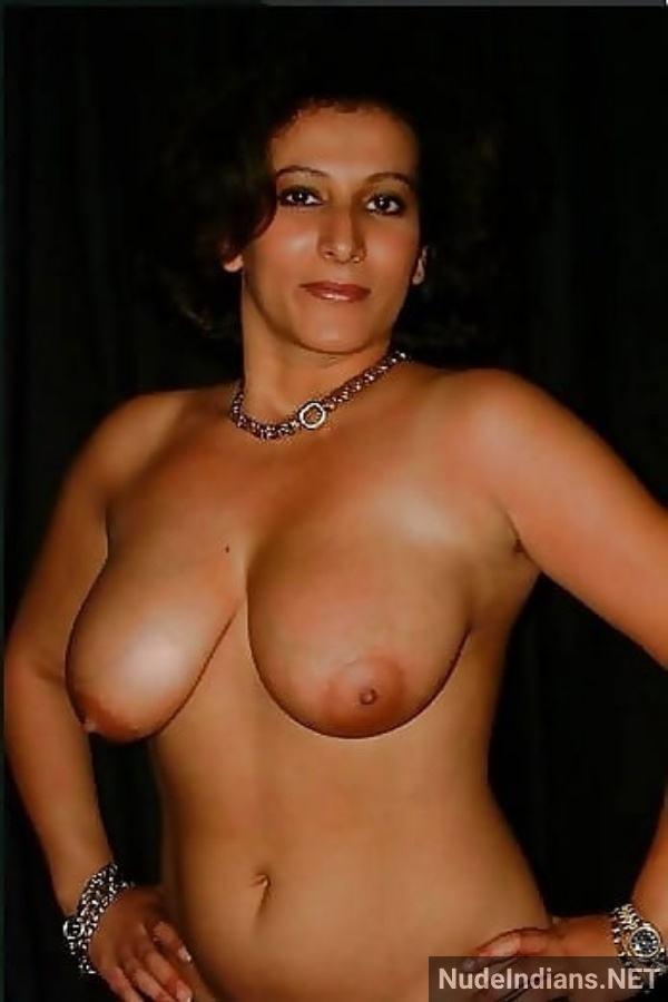 sexy desi aunty nude pic hot big booty boobs xxx - 45