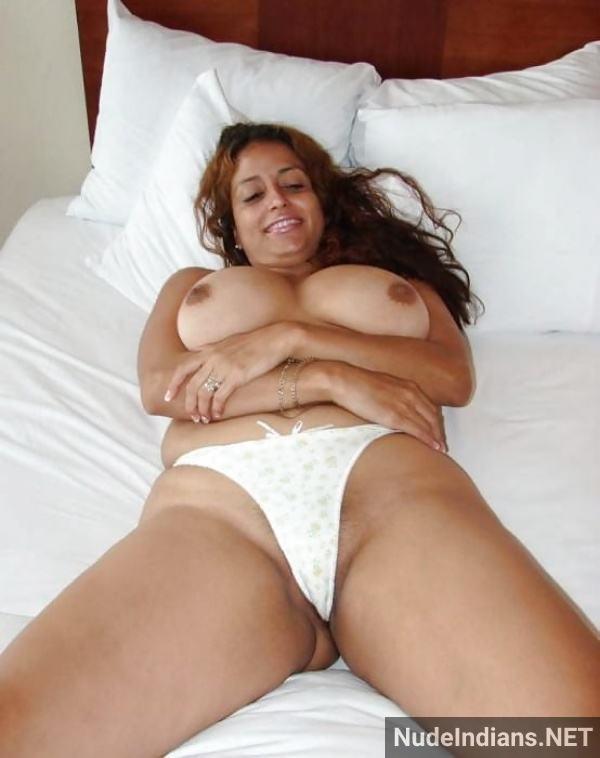 sexy desi bhabhi boobs pic young milf tits photos - 41