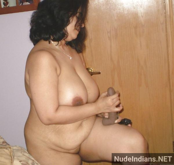sexy desi bhabhi boobs pic young milf tits photos - 48