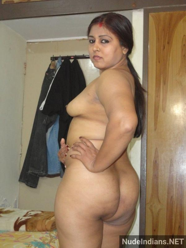 sexy desi bhabhi xxx photo boobs ass horny wives - 26