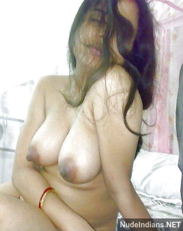 desi aunty nude images big boobs booty porn pics - 1