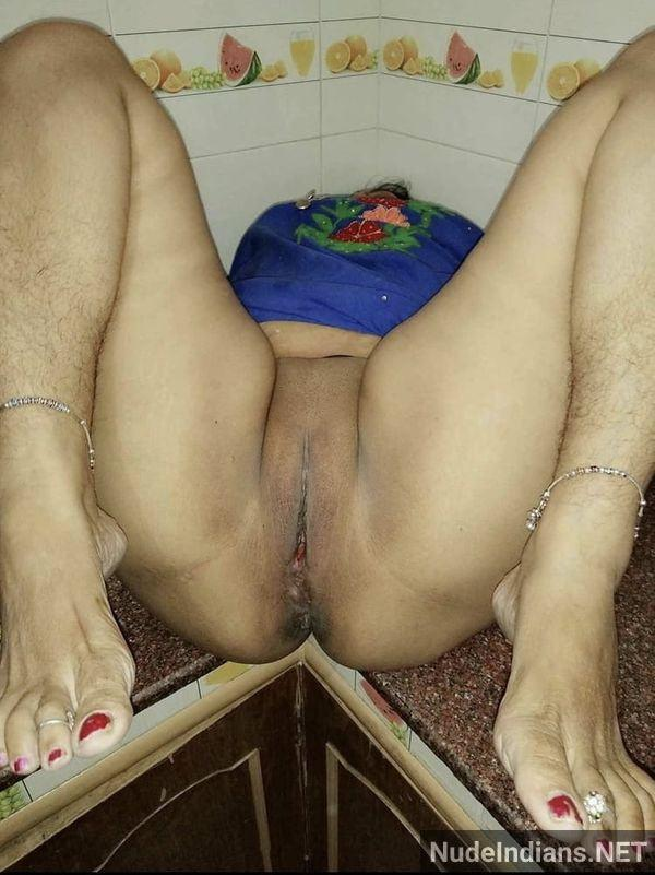 desi aunty nude images big boobs booty porn pics - 19