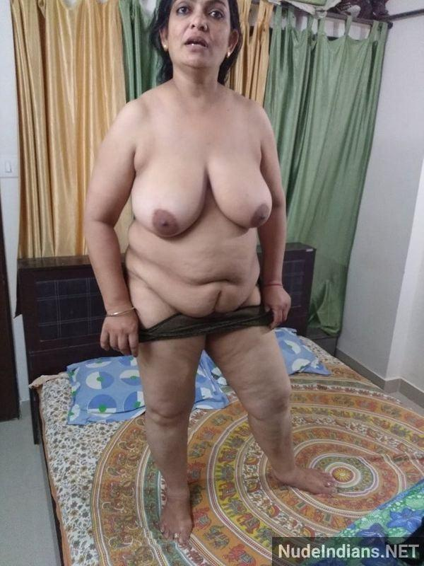 desi aunty nude images big boobs booty porn pics - 33